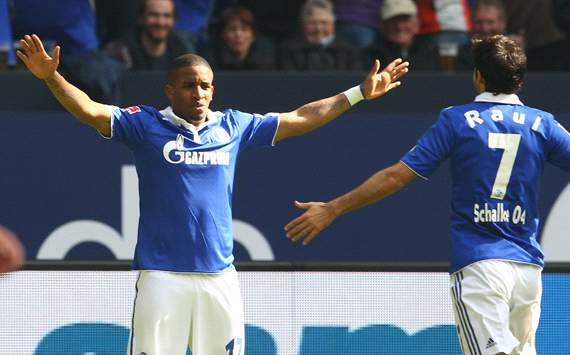 ALL, Schalke - Farfan prolongé