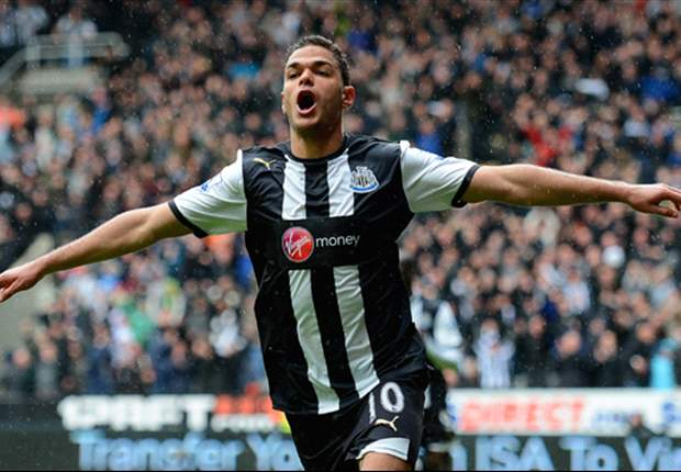 Newcastle manager Pardew plans Ben Arfa talks after France fall-out