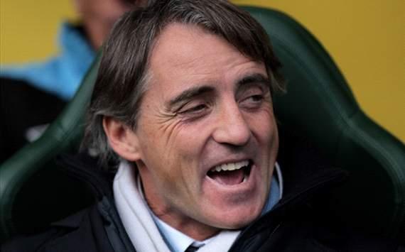 Internasional Liga Inggris  - Derbi Manchester: Mancini waspadai motivasi pemain MU