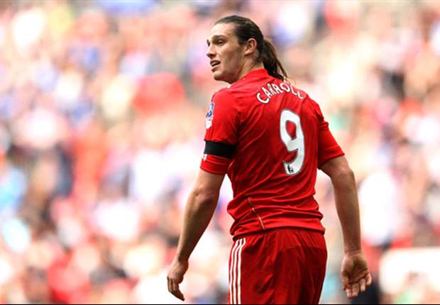 West Ham make £17m bid for Liverpool striker Carroll