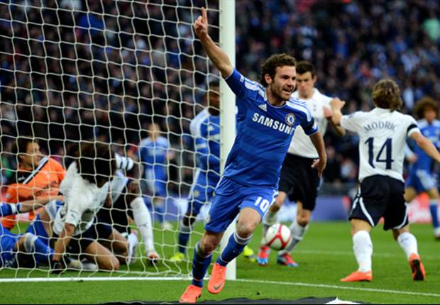 Spain should wait for Villa, insists Mata