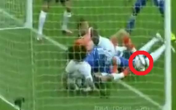 Assou-Ekotto gol Chelsea Tottenham