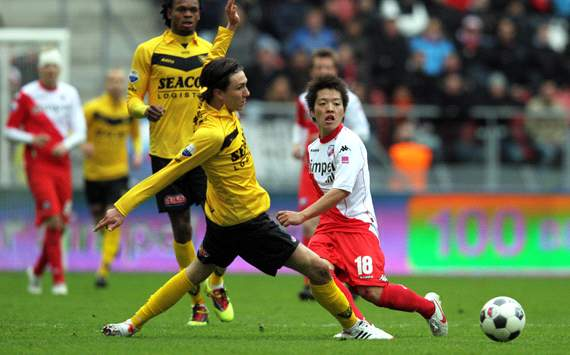 Japanese in Europe: Kagawa &amp; Uchida unimpressive in Ruhr derby, while Takagi spurs Utrecht comeback