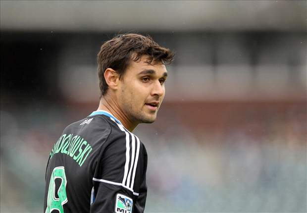 San Jose Earthquakes' Chris Wondolowski stays in contact with Jurgen Klinsmann, U.S. team