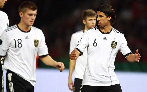 Betting: Spain and Germany lead the way for Euro 2012 glory