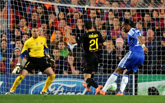 UEFA Champions League : Didier Drogba - Adriano Correia - Victor Valdes, Chelsea FC v Barcelona