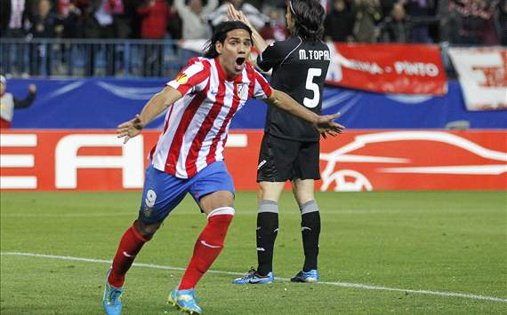 Atletico Madrid vs Valencia - Radamel Falcao celebra