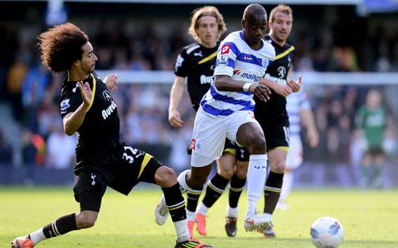 EPL,Samba Diakite,Benoit Assou-Ekotto,Queens Park Rangers v Tottenham Hotspur