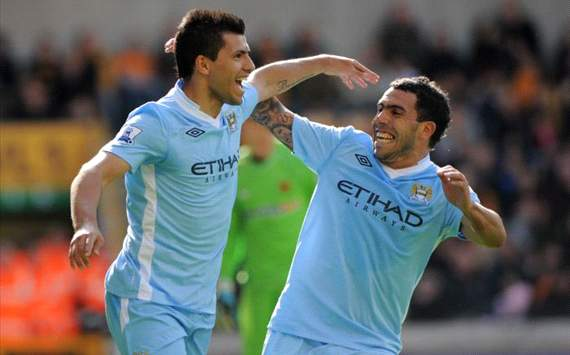 Mismanaged Aguero &amp; Tevez typify Manchester City's crumbling title defence