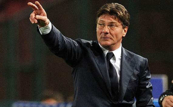 Napoli will evolve after the loss of Lavezzi, says Mazzarri