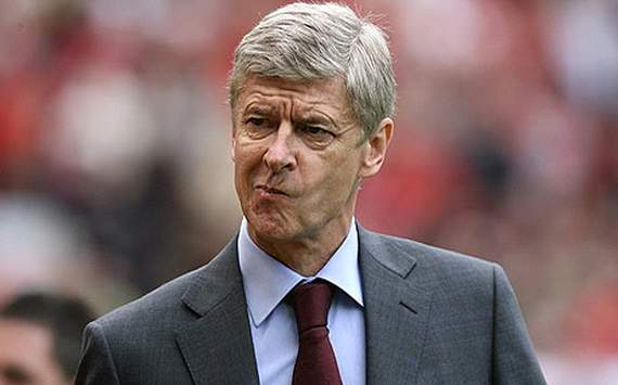 Wenger concedes that Van Persie could leave Arsenal