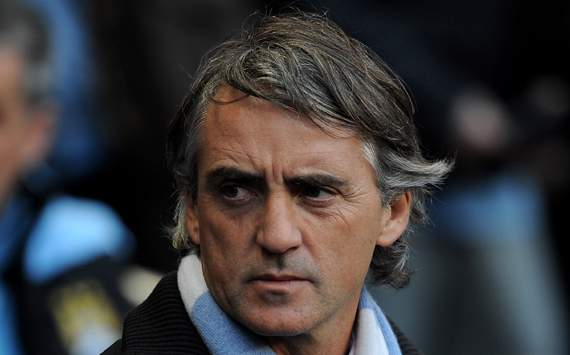 Mancini: Manchester City are talking to some players