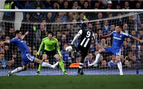 EPL: Papiss Cisse - Branislav Ivanovic - John Terry, Chelsea v Newcastle United