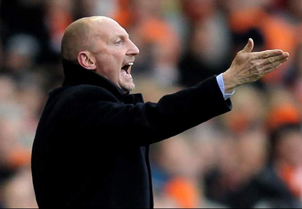 Blackpool boss Holloway: I am not a liar - Matt Phillips has been tapped up