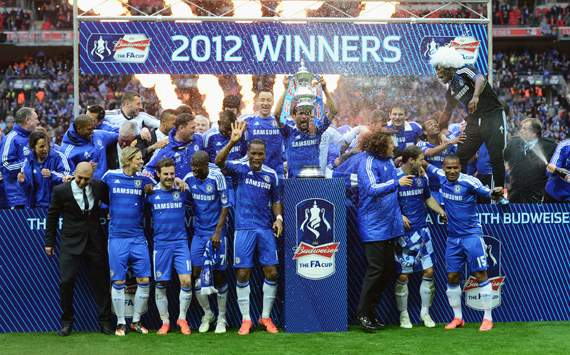 Chelsea hold off Liverpool to win FA Cup