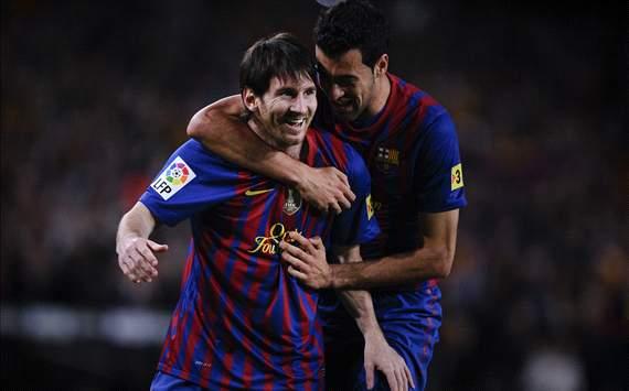Lionel Messi, Sergi Busquets celebrating goal Barcelona-Espanyol