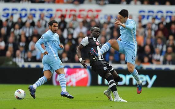 تقرير المباراة : مانشستر سيتي يقترب من اللقب و يعبر نيوكاسل بهدفين