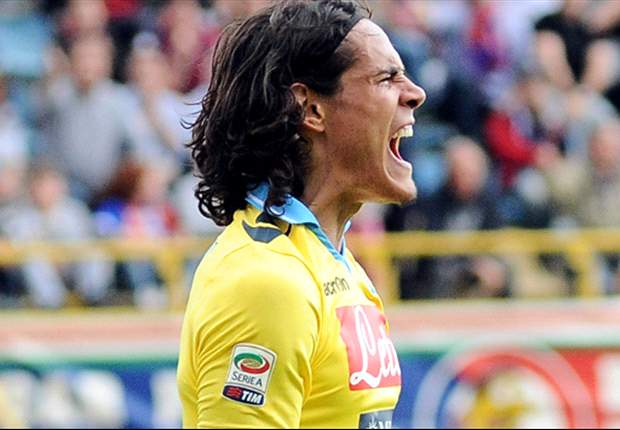 Juventus to offer Cavani 30m euros on a five-year deal