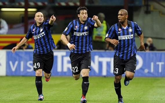 Esteban Cambiasso, Diego Milito, Maicon - Inter-Milan - Serie A (Getty Images)