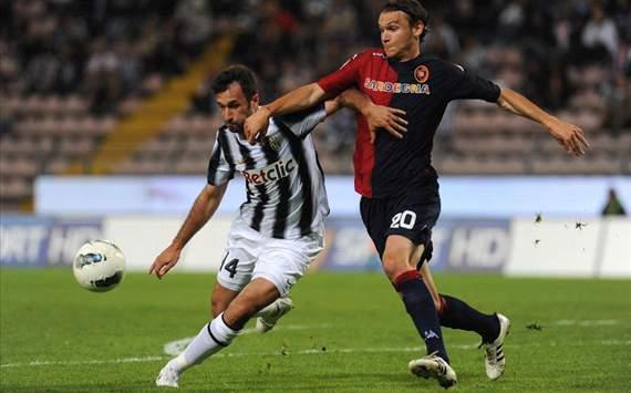 Mirko Vucinic (J), Albin Ekdal (C) - Cagliari-Juventus - Serie A (Getty Images)