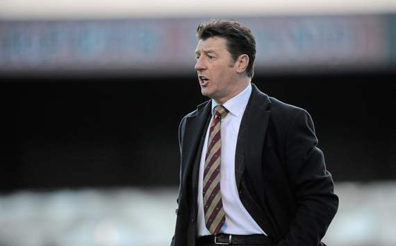 Monaghan United manager Roddy Collins threatens to report players to the police if allegations of betting irregularities in Shelbourne game prove true