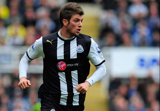 Santon commits to Newcastle and hopes France full-back Debuchy will join