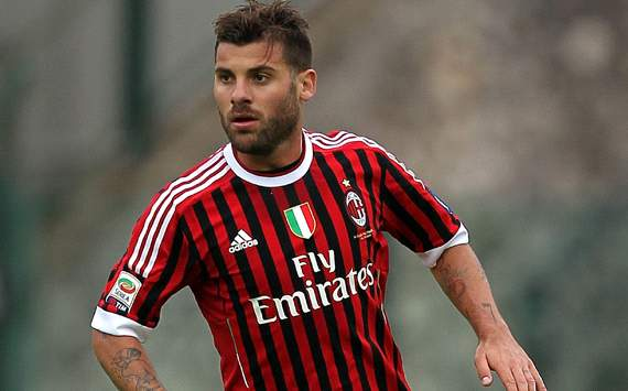 Nocerino proud to wear Gattuso's No.8 jersey