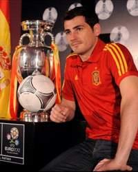 يورو 2012 | خمس قفازات تتنافس على عرش أفضل حارس