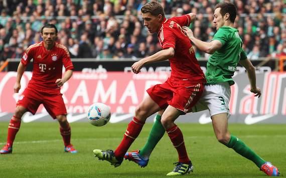 Bundesliga: Werder Bremen - FC Bayern München, Francois Affolter - Nils Petersen