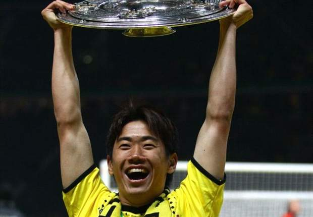 Manchester United lodges 17m euro bid for Kagawa
