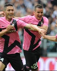 Juventus players celebrating  - Juventus-Atalanta