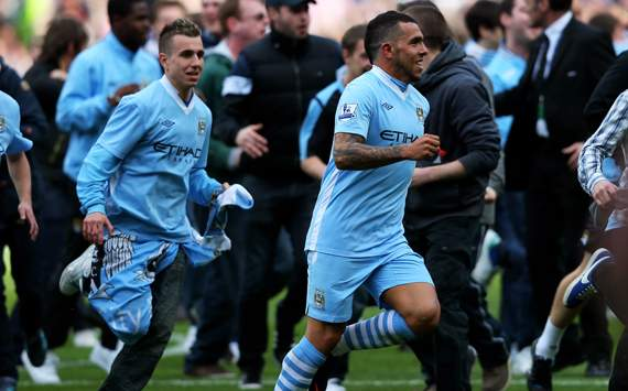 MAN CITY WIN PREMIER LEAGUE – LIVE!