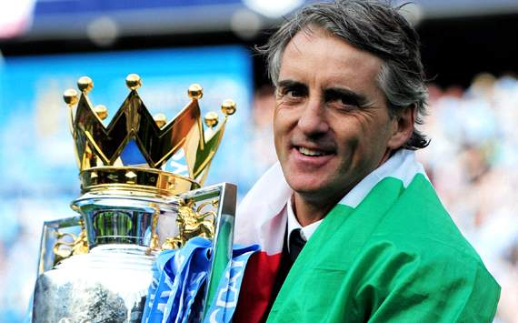 Roberto Mancini: El Manchester City luchar para fichar a Van Persie
