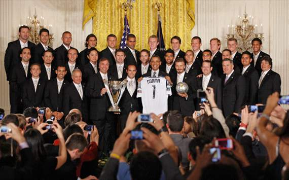 Barack Obama praises 'cousin' Robbie Keane as LA Galaxy squad visit the White House