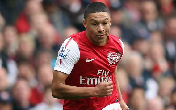 Arsenal winger Oxlade-Chamberlain keen to hone defensive duties