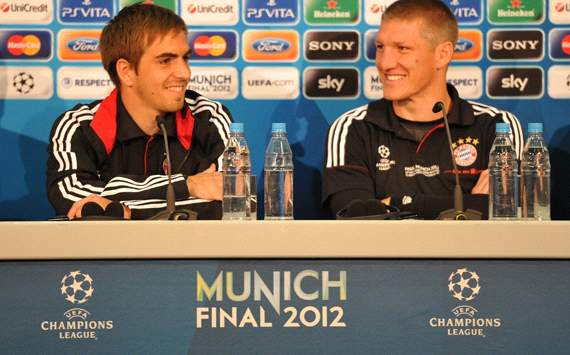 Lahm unperturbed by Schweinsteiger's fitness problems