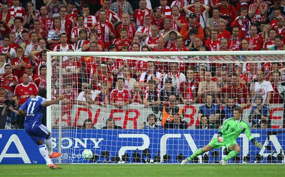 Didier Drogba Chelsea v Bayern CL 2012 final