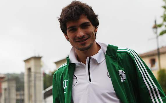 Hummels ready to fight for Germany starting spot