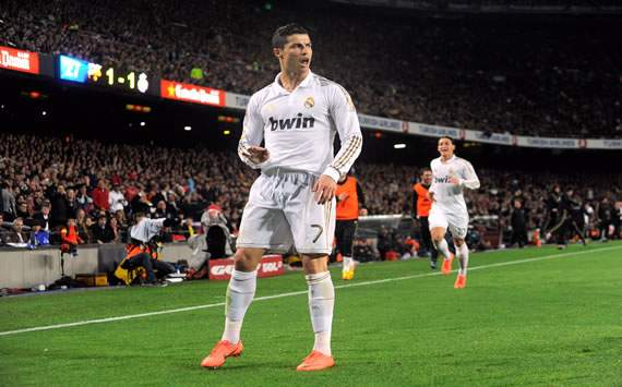 Cristiano Ronaldo, jugador del Real Madrid, celebrango un gol el Clasico