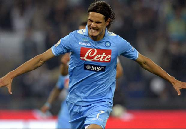 Napoli insist Cavani is not for sale at any price