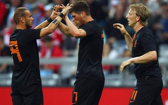 Bayern Munich - Netherlands, Sneijder, Huntelaar and Kuyt