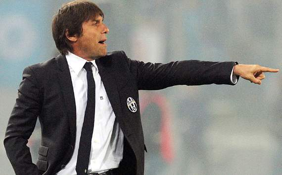 Antonio Conte signs Juventus extension until 2015