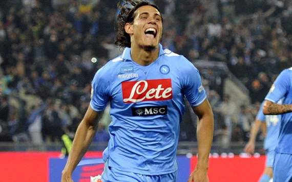Cavani leaves door open for big-money summer move from Napoli