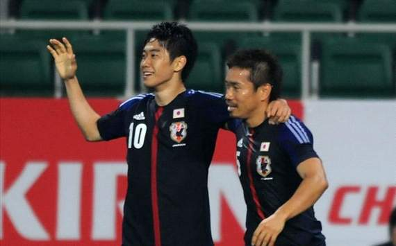 Shinji Kagawa becomes first player to win consecutive Goal.com readers' Asian player of the month awards