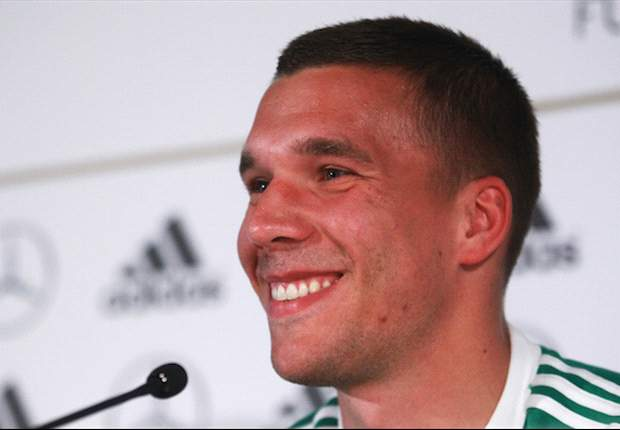 Podolski: Germany need to live up to people's expectations
