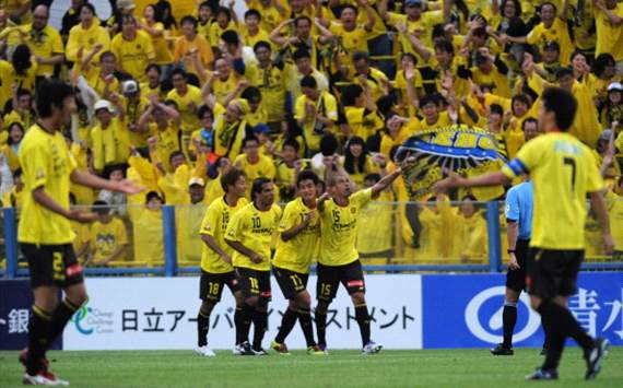 J-League Review: Sanfrecce and Vegalta stumble while Reysol and Reds surge
