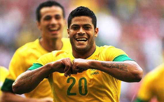 Hulk - Brasil x Dinamarca