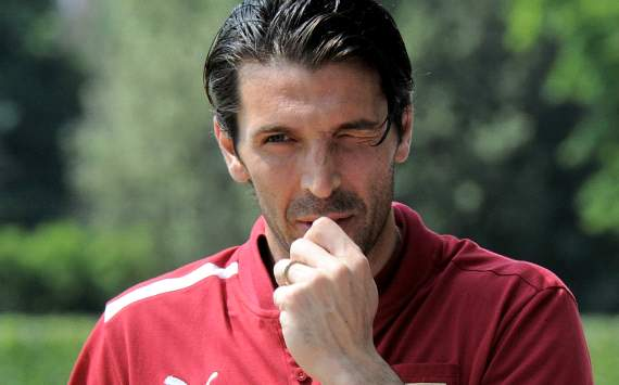 Buffon's bank transfer was for 20 Rolex watches and not sports betting, reveals lawyer