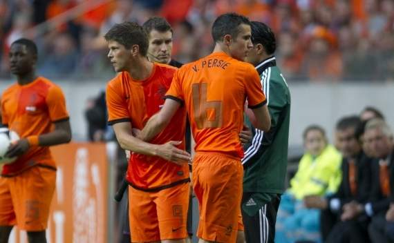 Robin Van Persie: Saya &amp; Klaas Jan-Huntelaar Pantas Kenakan Nomor 9