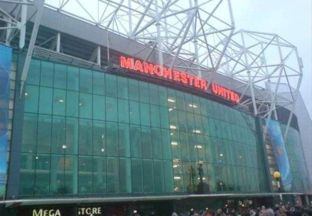 Manchester United confirm third major sponsorship deal in a week